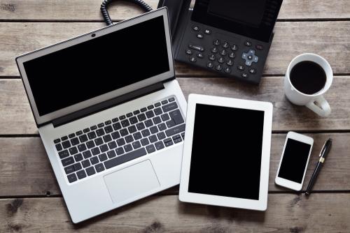 Festnetz und Mobilfunk